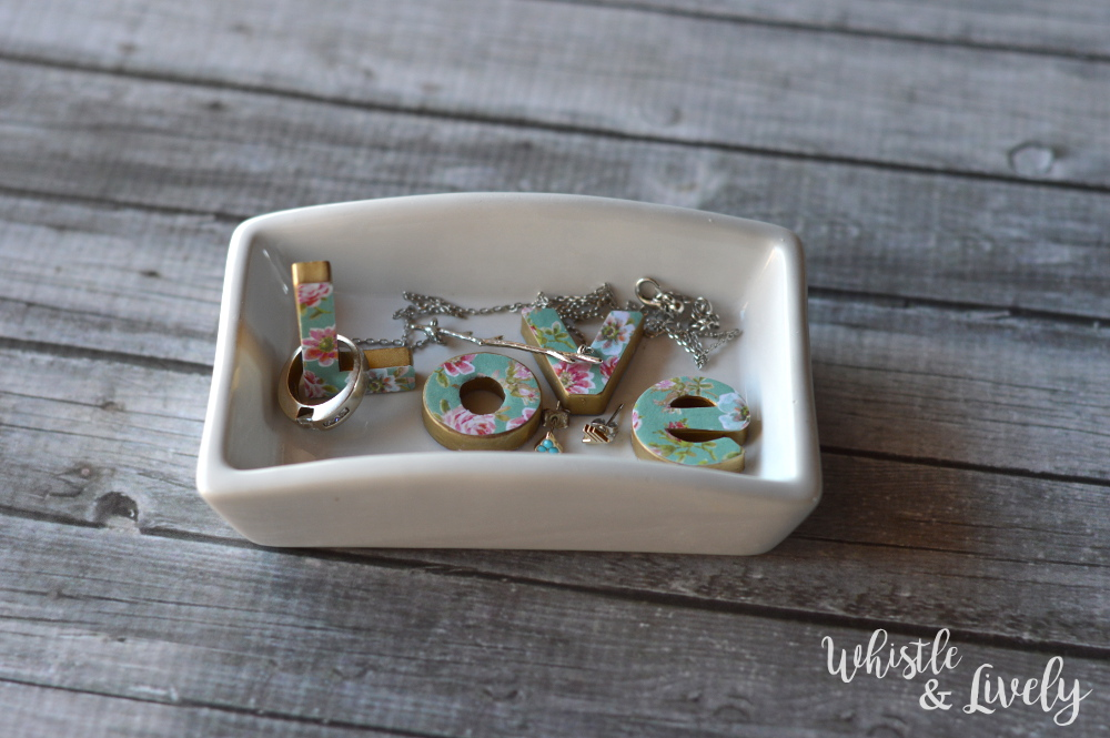 Floral Letter Trinket Dish - With just a few supplies, make this gorgeous trinket dish, perfect for your dresser. This project is for any skill level!